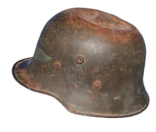 Click image for larger version.  Name:wwi-transitional-helmet-other-side.jpg Views:69 Size:121.1 KB ID:571422