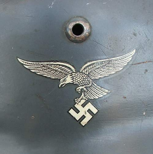 M35 early Luftwaffe double decal helmet