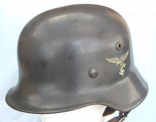 Click image for larger version.  Name:Luft M35 d-d helmet early type 003.jpg Views:109 Size:153.4 KB ID:605362