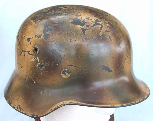 Click image for larger version.  Name:Copy of Luft M35 d-d cammo helmet 008.jpg Views:116 Size:216.7 KB ID:605379