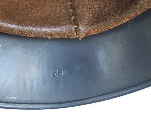 Click image for larger version.  Name:Copy of Luft M35 d-d cammo helmet 011.jpg Views:88 Size:110.4 KB ID:605382
