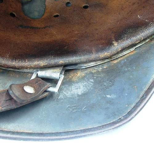 Click image for larger version.  Name:Luftwaffe helmet 025.jpg Views:50 Size:220.9 KB ID:605861
