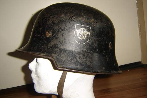 Click image for larger version.  Name:Duitse helm dubbel decal 1.jpg Views:1237 Size:229.7 KB ID:62965