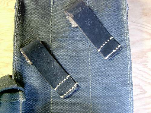 Click image for larger version.  Name:MP40 Magazine Pouch Markings.jpg Views:243 Size:262.9 KB ID:65481