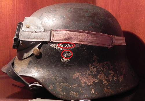 Click image for larger version.  Name:676217d1397522343-german-helmets-i-have-opportunity-purchase-dscn2080.jpg Views:16 Size:172.0 KB ID:676441