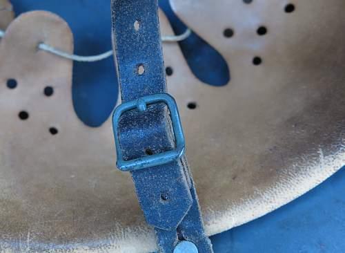 Click image for larger version.  Name:Luftwaffe Q64 M40 steel helmet 010.jpg Views:35 Size:205.0 KB ID:676784