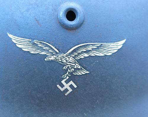 Click image for larger version.  Name:Luftwaffe Q64 M40 steel helmet 006.jpg Views:34 Size:214.4 KB ID:676796