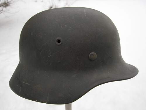 Need opinions on these 2 Luftwaffe helmets