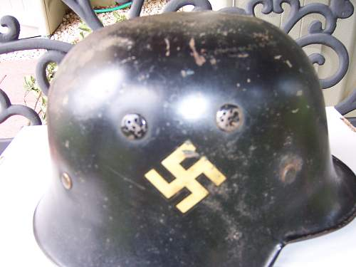 Click image for larger version.  Name:helmets 001.jpg Views:84 Size:213.0 KB ID:707696