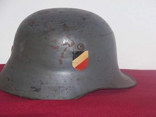 DD Heer droopbill helmet