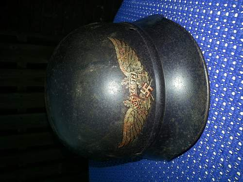 Luftschutz helmet m40