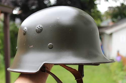 M34 Light Weight with domed shaker holes.