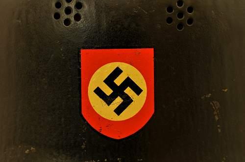 Click image for larger version.  Name:German helmet bg6.jpg Views:38 Size:62.1 KB ID:776366