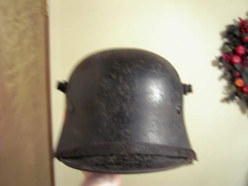 Click image for larger version.  Name:nazi helmet 005.JPG Views:549 Size:55.7 KB ID:77854