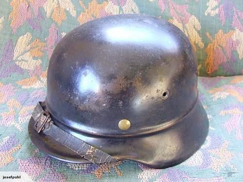 German beaded M40 helmet EF64 WW2