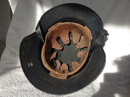 Snow camo? Luftschutz helmet.