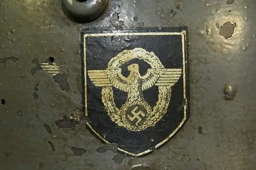 Click image for larger version.  Name:polizeihelmet (8).JPG Views:41 Size:204.3 KB ID:839245