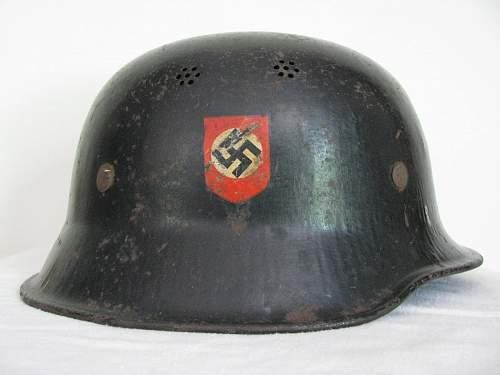 Another Austrian Flat Brim DD M34 w/ Austrian Variant Police Decals