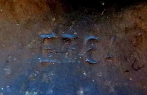 Click image for larger version.  Name:casco-aleman-wii-original-estado-unico-de-coleccion-279501-MLA20344240575_072015-F.jpg Views:35 Size:192.5 KB ID:860656