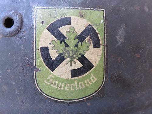 Click image for larger version.  Name:Helmet - Sauerland Badge - 800x600.jpg Views:134 Size:200.3 KB ID:869262