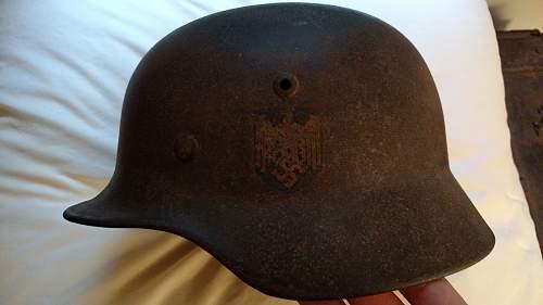 Latest buy: M35 Kriegsmarine single decal Stalhelm