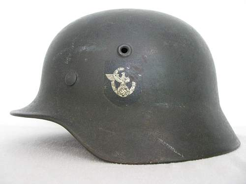 M40 Double Decal Combat Police Helmet - ET62 - Lot # 1051 - Unbordered Police Adler
