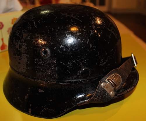 ex-Polizei Feuerwehr repainted beaded M40