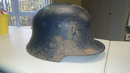 Luftschutz-Helm