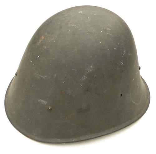 WH Heer Duch helmet - original?