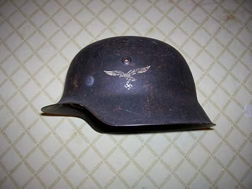 M42 Luftwaffe helmet. Anyone seen a helmet patina like this?