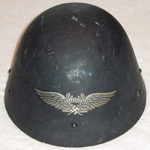 Click image for larger version.  Name:luftschutz-czech-capture-helmet.jpg Views:4 Size:87.9 KB ID:982472