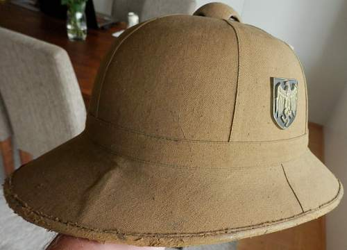 Opinion on Afrikakorps DAK-F.K.L. 1942 helmet