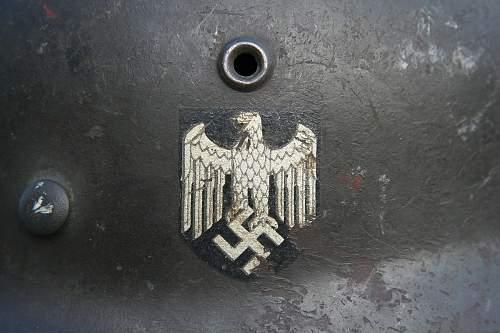 Click image for larger version.  Name:5 M40 ET 62 German Helmet.jpg Views:29 Size:98.9 KB ID:991205