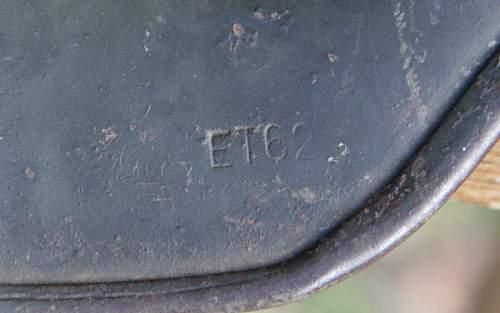 Click image for larger version.  Name:6 M40 ET 62 German Helmet.jpg Views:45 Size:85.3 KB ID:991206