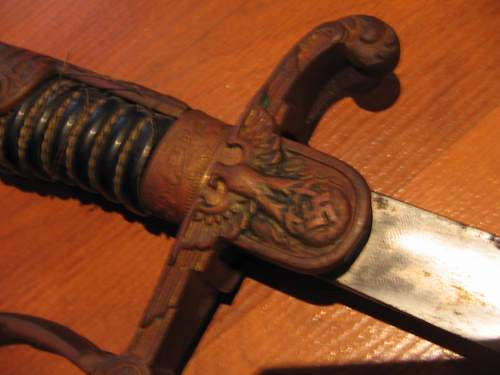 Is this a SS sword or an unusually Army sword???