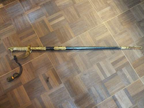 need help about my grandfather ww2 army sword