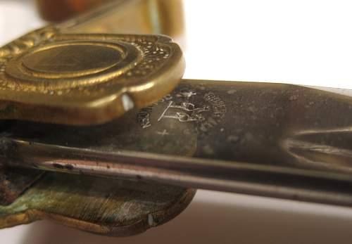 Click image for larger version.  Name:swordmaker.jpg Views:196 Size:189.9 KB ID:709398