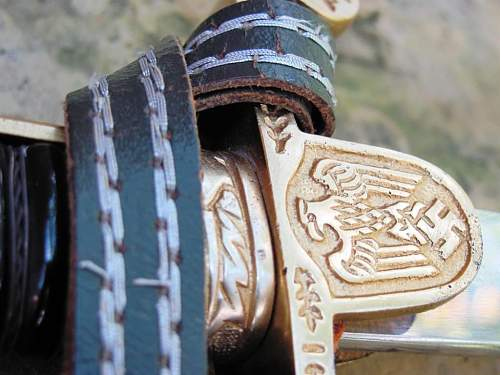 Army Dove Head Sword - Alcoso