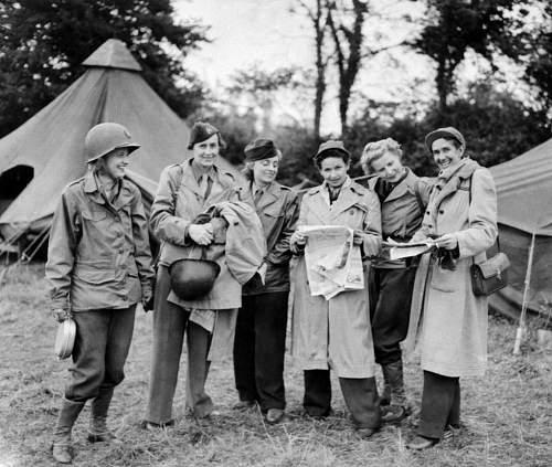 Click image for larger version.  Name:Female_war_correspondents_World_War_II.jpg Views:3 Size:145.6 KB ID:1009093