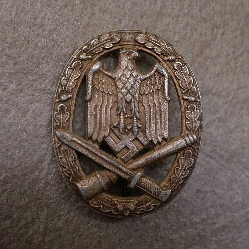 Taking GREAT Shots of Militaria, TIPS, Technical Details, etc. Sticky?