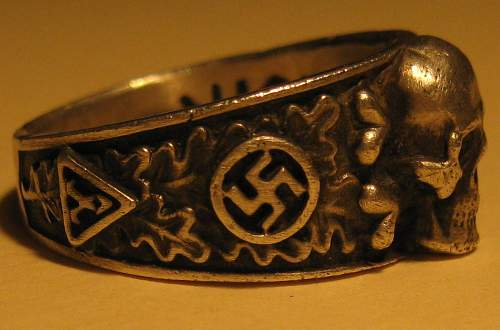 Click image for larger version.  Name:SS_Totenkopf_Ring_03.jpg Views:6787 Size:109.5 KB ID:186145
