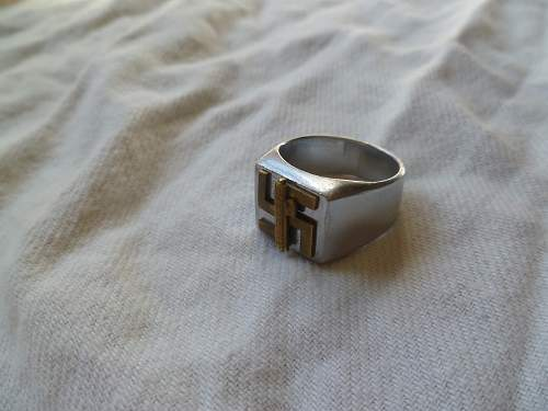 Unknown ring.