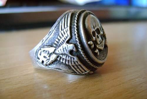 Deathshead Ring