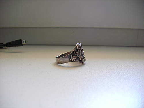 Need help identifying this Luftwaffe ring.
