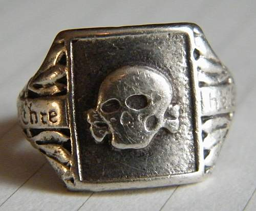 Click image for larger version.  Name:skull ring #6.jpg Views:155 Size:92.1 KB ID:375663