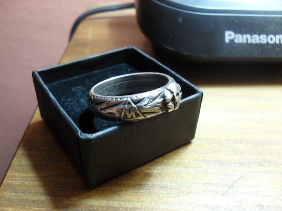 how to tell real silver ring from fake