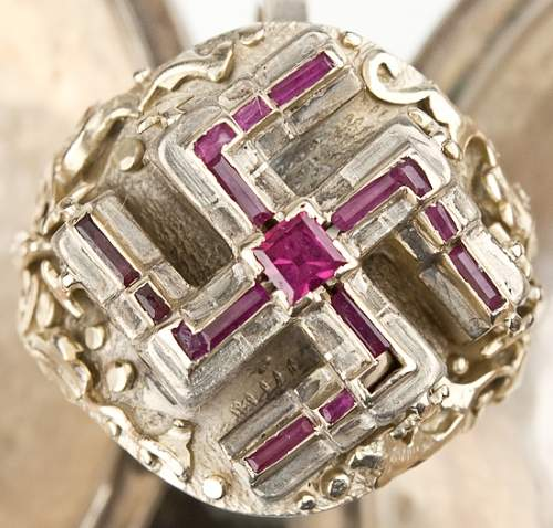 "Adolf hitler's ""lost"" ruby and gold swastika ring"