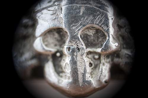 Click image for larger version.  Name:ring_skull_det.jpg Views:23 Size:199.2 KB ID:662317
