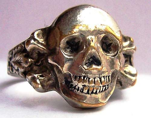 Skull ring value
