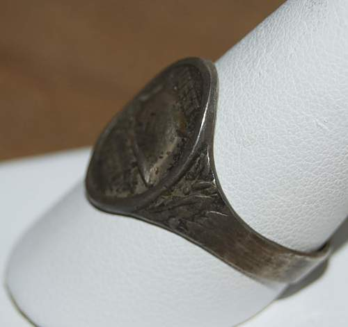 Click image for larger version.  Name:West Wall helmet ring6.jpg Views:24 Size:52.6 KB ID:813447